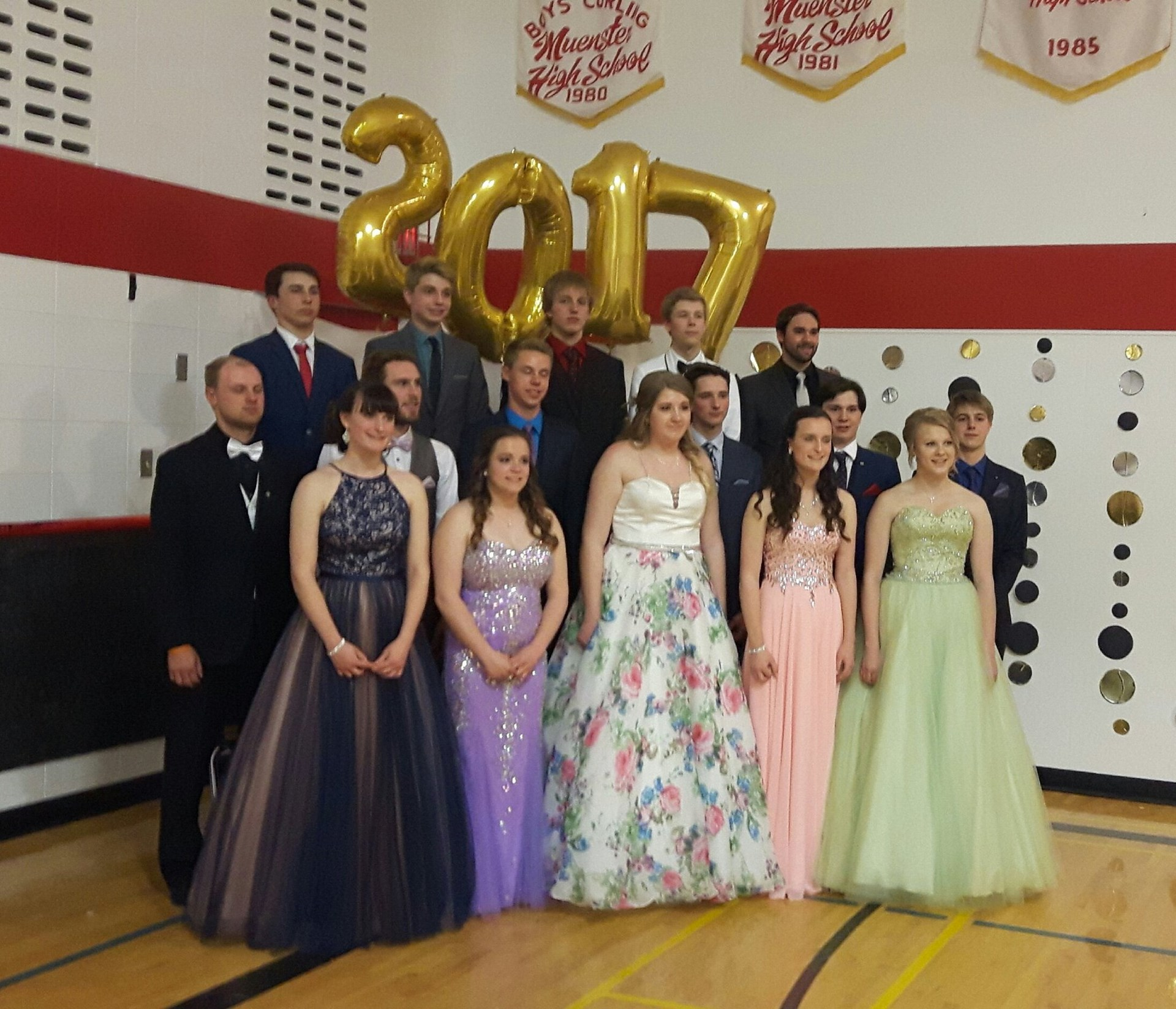 Muenster School Class of 17.jpg