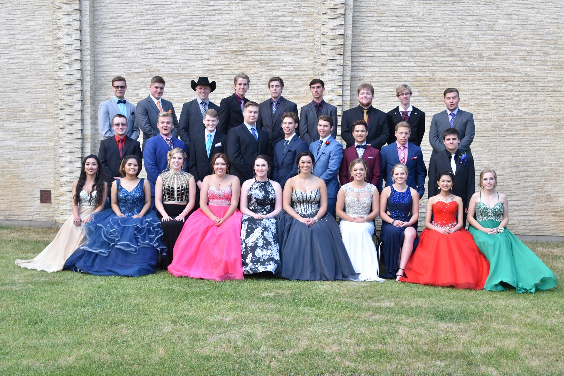 Wynyard Composite High School Class of 17.JPG